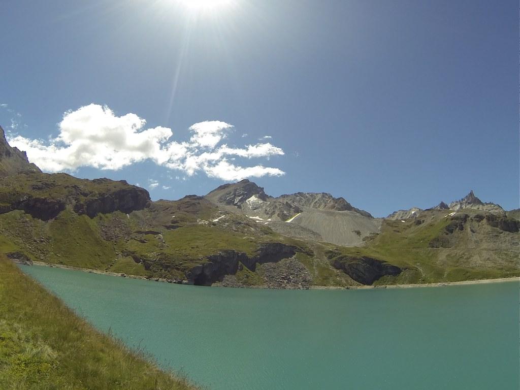 Le Lac de La Sassière