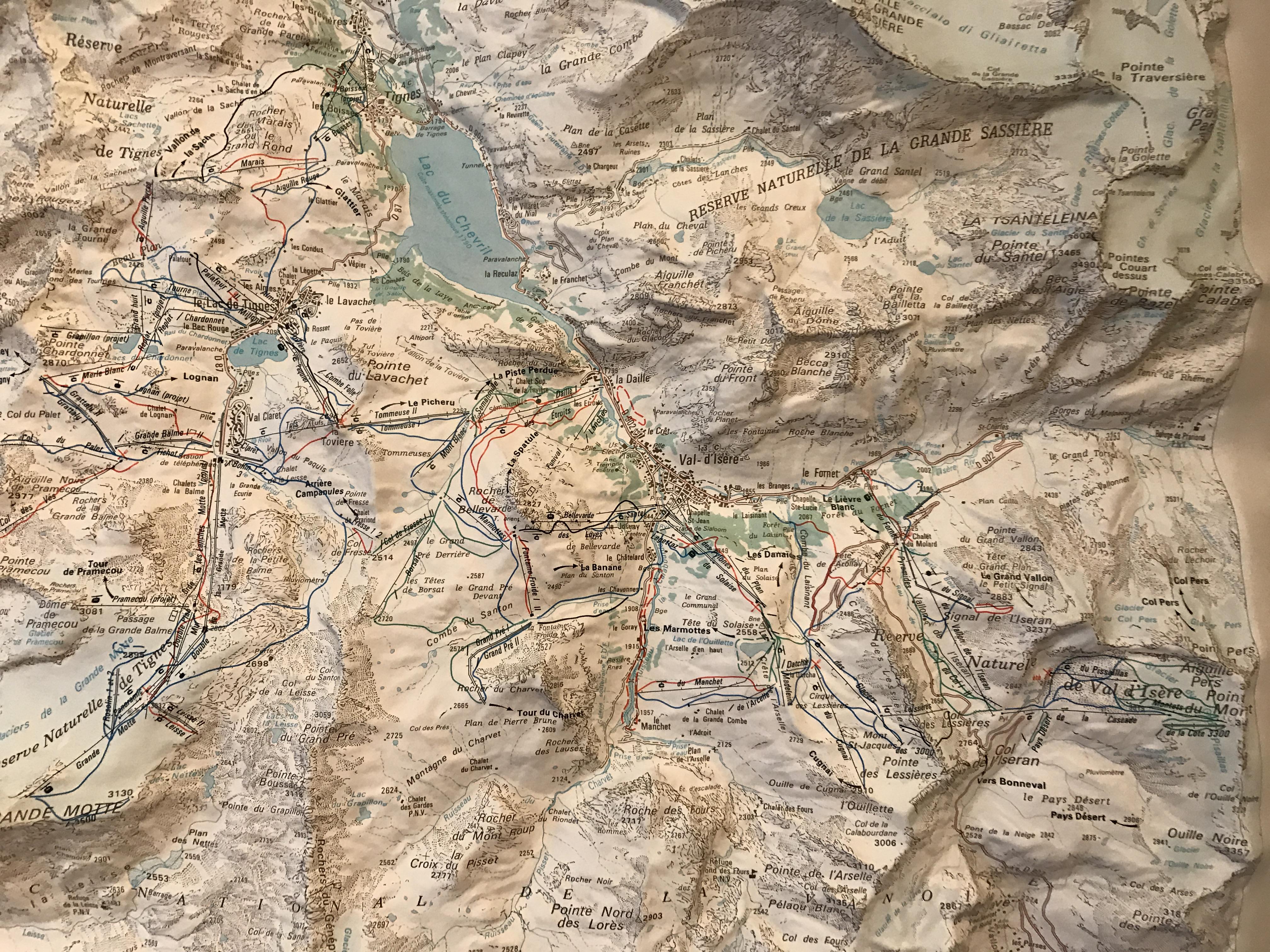 [Val d'Isère]Les tracés des anciennes remontées IMG_4579